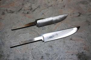 Сталь для ножей может оказаться некачественной, иногда помогает закалка.