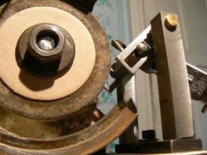 Точилка для сверл по металлу