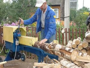 Преимущества использования дровоколов для колки дров
