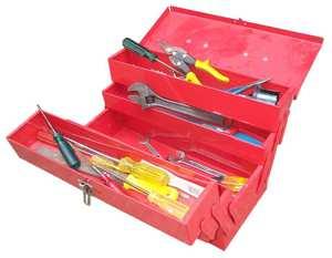 Слесарный инструмент в ящике