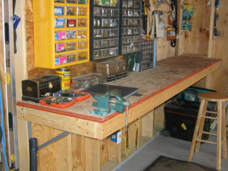 фото устройство полок в гараже