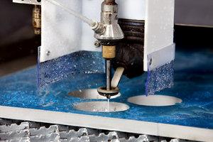 Технология резки железа струей воды