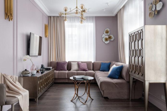 угловой диван в гостиной 15 кв.м