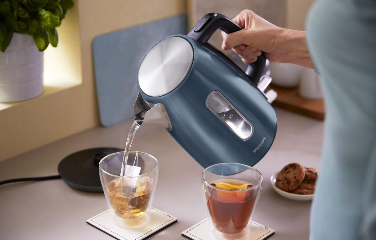 Если чайник пахнет пластмассой: 5 средств от неприятного запаха