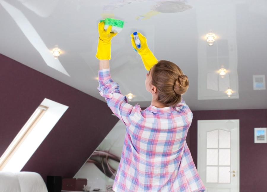10 советов по уходу за натяжными потолками