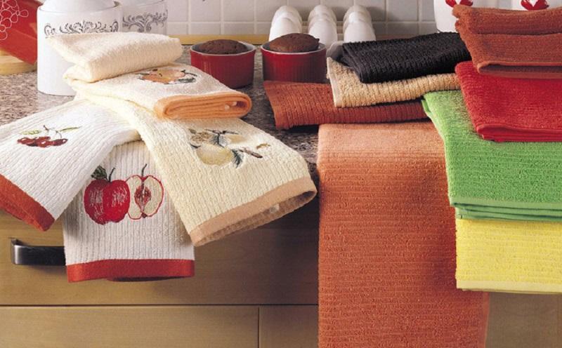 5 эффективных средств для устранения пятен с кухонных полотенец, которые есть в каждом доме