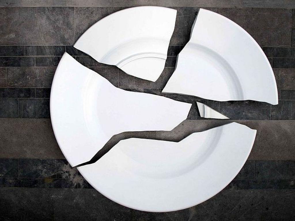Всегда ли разбитая посуда – к счастью