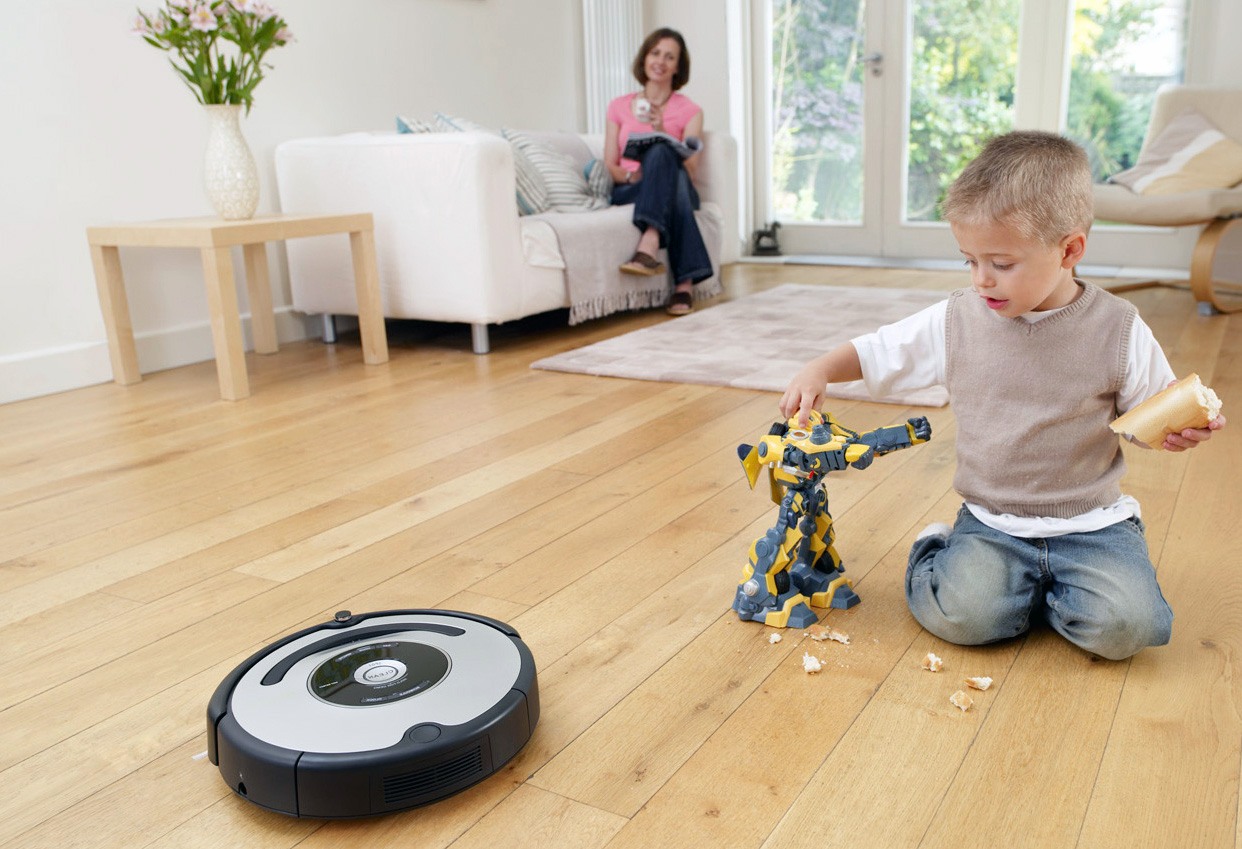Уборка без рук: 5 причин задуматься о покупке робота-пылесоса