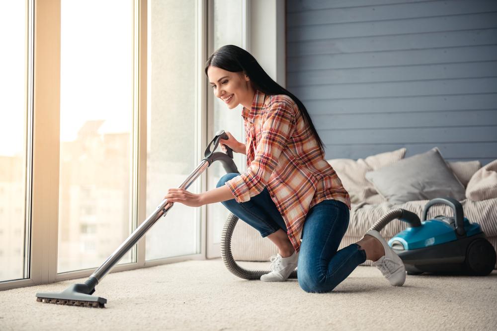 7 неожиданных вещей, которые не стоит пылесосить