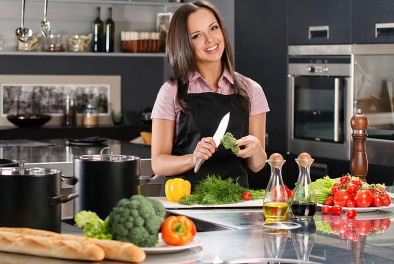 5 хитростей, которые помогут всегда держать кухонный стол в чистоте