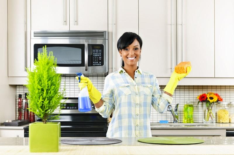 5 ошибок во время уборки, которые могут свести все старания на нет