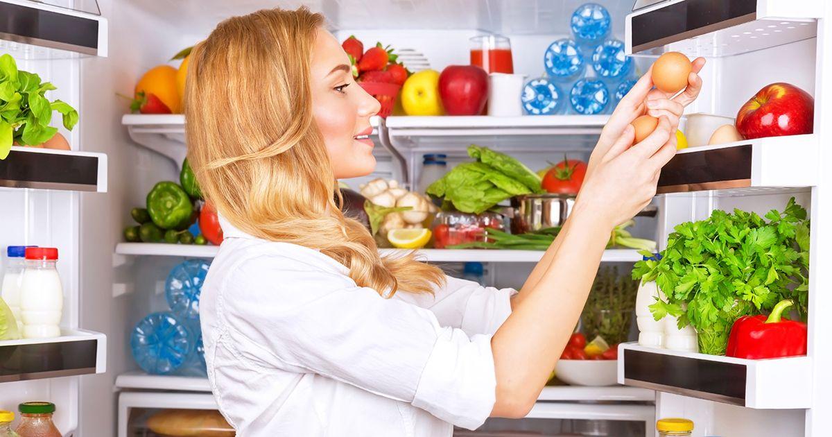Продукты, которые быстро портятся, если хранятся на одной полке холодильника