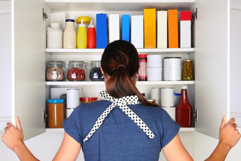 6 предметов, которые стоит выбросить: у хороших хозяек на кухне их нет
