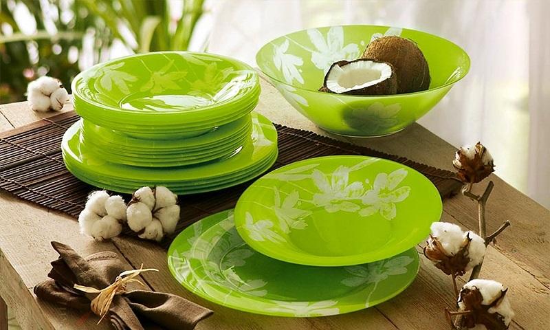 Зеленая тарелка