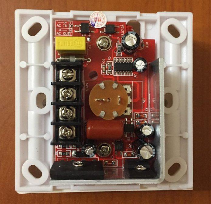 Электронные компоненты регулятора света