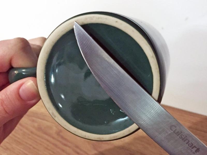 6 подручных материалов для заточки ножей без мужской помощи