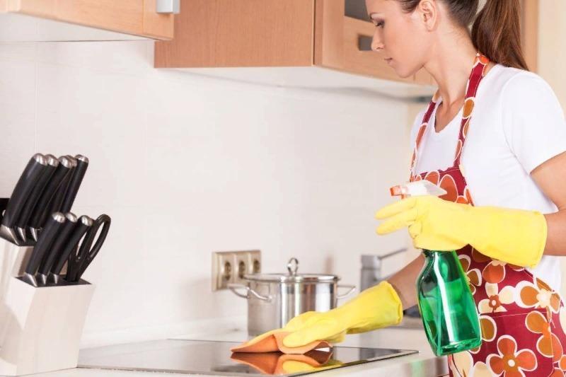 Возьмите на заметку: 6 самых грязных мест на кухне, про которые не сразу вспоминаешь при уборке