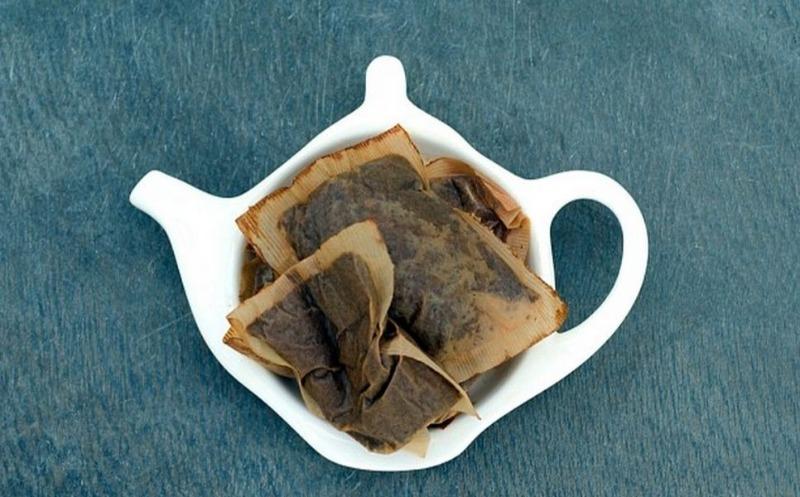 Не спешите избавиться от чайных пакетиков, они пригодятся вам в быту