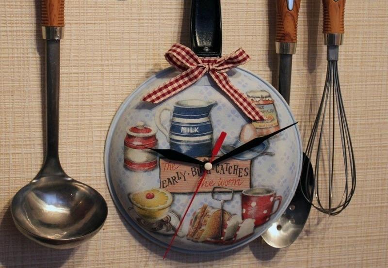 Новая жизнь советской посуды: 6 отличных идей для декора кухни