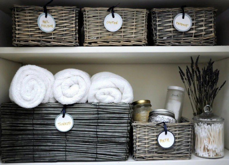 9 идей организации хранения вещей в маленькой ванной
