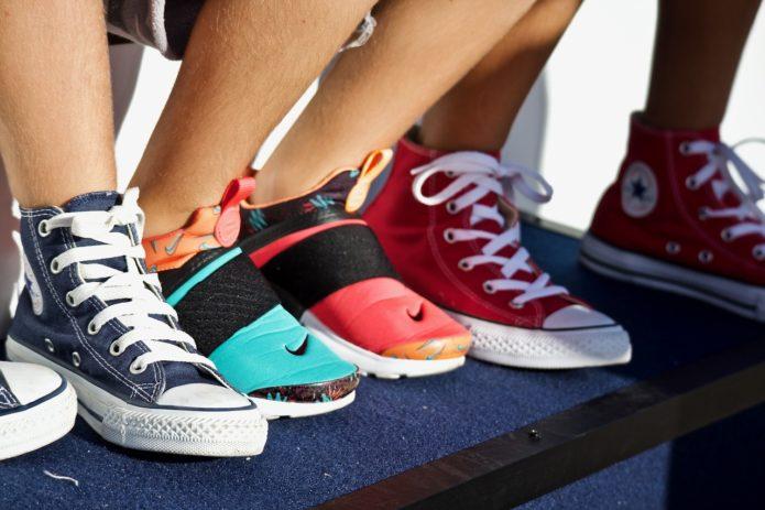 Как избавиться от запаха в кроссовках. 7 эффективных способов